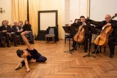 R. Otsu (Tanz), A. Shestiperov und V. Zaharia (Celli), Y. Sugimoto (Klavier)
