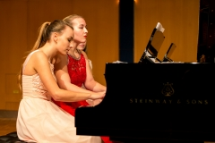2017, Sará Suchánková und Barbora Hamácková, Klavier vierhändig