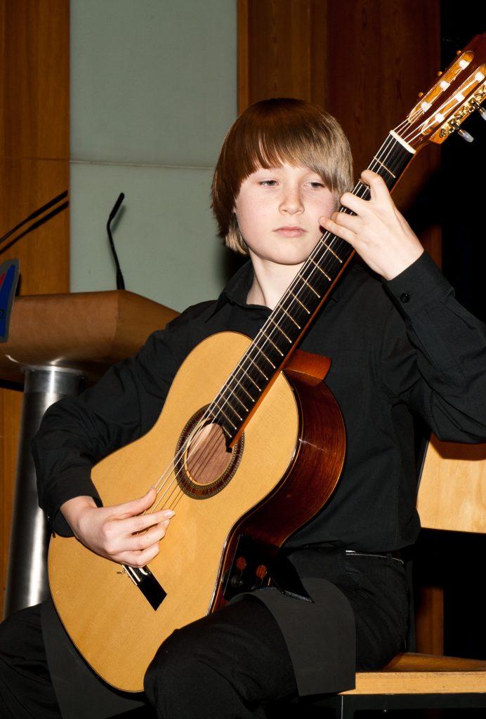 Daniel Schreivogel, Gitarre